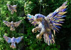Broken CDs Transformed Into Iridescent Animal Sculptures | The Creators Project   http://thecreatorsproject.com/blog/broken-cds-transformed-into-iridescent-animal-sculptures/#