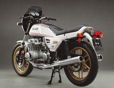 Benelli 900 Sei - Classic Italian Motorcycles - Motorcycle Classics