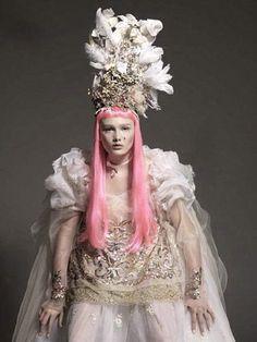 Carole Lasnier Makeup Artist - Fashion Portfolio