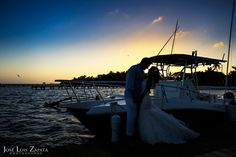 Top Ten Reasons to Get Married in Belize. Destination Wedding in Ambergris Caye, Belize. Weddings Photographer Jose Luis Zapata. Creative Editorial Style Fashion Photography