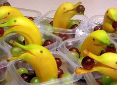 What a great idea for a #healthy snack for #kids banana dolphins