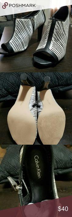 Calvin Klein Peep Toe Heels 7