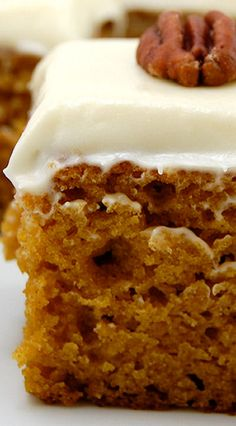 Pumpkin Bars with Cream Cheese Frosting - havent made these since high school. Reminds me of tennis team. Fall Desserts, Just Desserts, Delicious Desserts, Dessert Recipes, Yummy Food, Fall Baking, Holiday Baking, Cupcakes, Cupcake Cakes