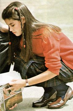 Phoebe Cates pictured here in the August 1979 issue of Seventeen magazine. The preppy look was in full swing. Gosh, look how shiny her hair is! Ah....youth...