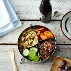 picnic hack: compartmentalized lunch or bento boxes. Stainless Steel Containers, Kale Salad, Summer Picnic, Meal Planner, Food 52, Storage Containers, Food Storage, Vegetarian, Tasty