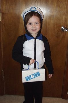 Make a Penguin Costume (Peso from Octonauts) for Halloween » Dealin and Dishin