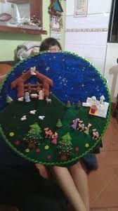 Resultado de imagen para pesebres de botones Christmas Nativity Scene, Felt Christmas Ornaments, Christmas Fun, Holiday Fun, Christmas Decorations, Christmas Activities, Christmas Projects, Holiday Crafts, Christmas Sewing