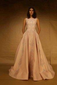 Por que os vestidos de festa de Carlos Bacchi vestem diferente cada mulher – MK Ball Gowns, Ideias Fashion, Formal Dresses, Woman, Party, Dance Dresses, Style, Ballroom Gowns, Dresses For Formal