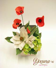 Todas las flores tienen un significado que iré desvelando en cada entrada que realice. En este caso tenemos un bouquet realizado en pasta de...