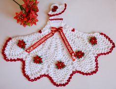 Christmas Poinsettia Crinoline Lady Crochet Doily
