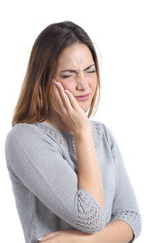 VIDEO: Bruxismo, desgaste para los dientes y el bolsillo - See more at: http://www.lapatria.com/salud/video-bruxismo-desgaste-para-los-dientes-y-el-bolsillo-188300#sthash.0YHeQLKs.dpuf