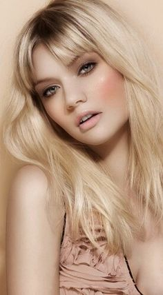 Find images and videos about pretty, beauty and blonde on We Heart It - the app to get lost in what you love. Polychromos, Beauty And Fashion, Color Pencil Art, Crayon, Bridal Makeup, Makeup Inspiration, Pencil Drawings, Makeup Looks, Soft Makeup