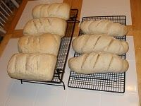Sometimes the best foods are not the most complicated. This Depression Era Bread recipe can be made with only 3 ingredients and the end result is delicious! Depression Era Bread Recipe, Depression Era Recipes, Retro Recipes, Vintage Recipes, Bread Recipes, Cooking Recipes, Muffin Recipes, Our Daily Bread, Breads