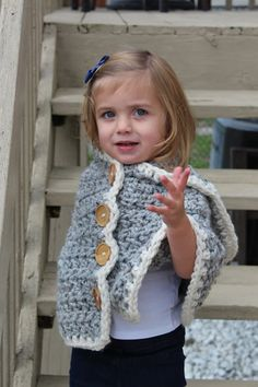 Cozy Cape (Stoyne) – Crocheted Little Ones