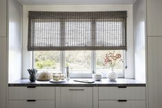 Natural Woven Flat Fold Shade in Delphi/Smoke 15325 #Kitchen #SmithandNoble #Shade
