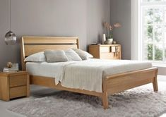 King Size Bed Frame – Go full size with these striking king size beds. Classic o… - Bed and Bedcover Oak Bedroom Furniture, Wooden Bedroom, Small Room Bedroom, Furniture Design, Wooden Beds, Furniture Removal, Office Furniture, Master Bedroom, Cheap King Size Beds