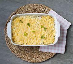 Lekkere shoarma ovenschotel met rösti. Heerlijk met paprika, uien, champignons en tomaten. Simpel te bereiden en binnen 45 minuten op tafel.