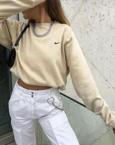 winter date outfit Aesthetic Fashion, Aesthetic Clothes, Look Fashion, Urban Aesthetic, Fashion Women, Cute Casual Outfits, Retro Outfits, Vintage Outfits, Mode Outfits