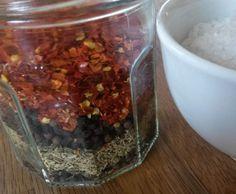 Rezept Scharfes Kräutersalz von gugelhupf14 - Rezept der Kategorie Grundrezepte
