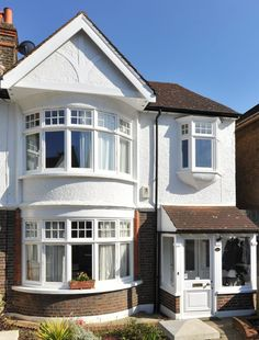 Sincere surveyed entrance porch design Now Hiring Timber Windows, Casement Windows, Bow Windows, House Front Porch, Front Porch Design, 1930s House Exterior, Bay Window Exterior, Porch Extension, Porch Kits
