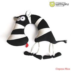 Pillows small animals: On the neck and under the ear, Functional limitless (road cushion,. Sewing Toys, Baby Sewing, Sewing Crafts, Sewing Projects, Fabric Animals, Sock Animals, Small Animals, Childrens Cushions, Animal Cushions