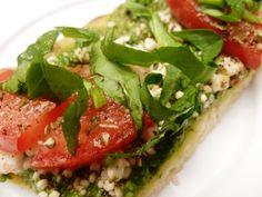 Skinny Dinner: Five-Minute Mediterranean Flat Bread