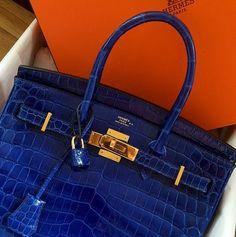 Royal Blue Croc Hermes Birkin 25 with Gold Hardware Hermes Bags, Hermes Handbags, Burberry Handbags, Fashion Handbags, Purses And Handbags, Fashion Bags, Hermes Birkin Bag, Birkin 25, Hermes Kelly Bag