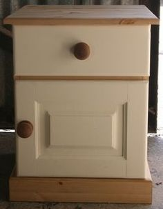 PAINTED 1 DOOR BEDSIDE CABNET  - HAND CRAFTED AND PAINTED IN CORNWALL