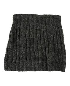 cable cape! just saw a girl on campus wearing a winter white one. need thisssssssssssss