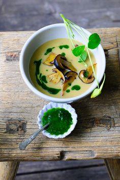 Kartoffelsuppe mit Pilzen | Kalorien: 219 Kcal | http://eatsmarter.de/rezepte/kartoffelsuppe-mit-pilzen-0