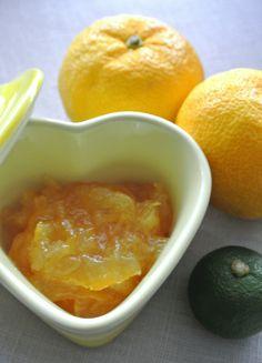 すだちとゆずのミックスジャムのレシピ、作り方(ATSUKO)   料理教室 ... すだちを入れることにより、ゆずを丸ごと使用してもゆずの苦味が抑えられ、ゆずの面倒な下処理がいらない簡単レシピです。ジャムとしても、お茶としても美味しく ...