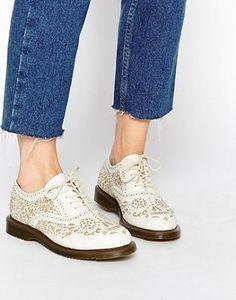 Dr Martens Kensington Aila Skull Etched 5-Eye Oxford Shoes