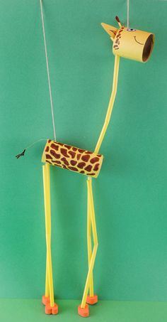 finished giraffe marionette - Welcome! Craft Projects For Kids, Fun Crafts For Kids, Toddler Crafts, Diy For Kids, Arts And Crafts, Craft Activities, Preschool Crafts, Puppets For Kids, Puppet Crafts