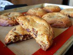 Chocolate Chunk Cookies [OC] [3984x2988]