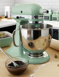 Heavy-duty mixer in pistachio green has the KitchenAid® power and planetary mixing action to spiral the beater to 67 touch points for quick and complete mixing. Powerful motor handles heavy mixtures while the rugged transmission ensures constant power as the load increases. Ten-speed control provides settings from very slow to high. Stainless bowl with ergonomic handle locks into the base; easy-install two-piece pouring shield facilitates easy addition of ingredients.
