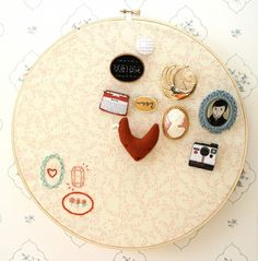 DIY embroidery hoop brooch display - I will need this if I continue my brooch collection.