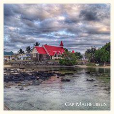 La si jolie église de Cap Malheureux #PrayForParis