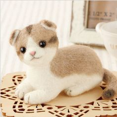 Needle Felting  Kit  Kitten Scottish Fold Cat  - Wool Craft  DIY By Hamanaka  SALE  H441-425