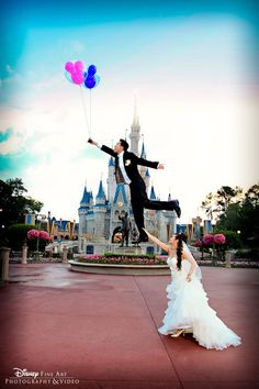 Disney Wedding Magic Kingdom Portrait Session Cinderella's Castle. Daytime. GREAT creative shot with Mickey balloons. MUST get this one!
