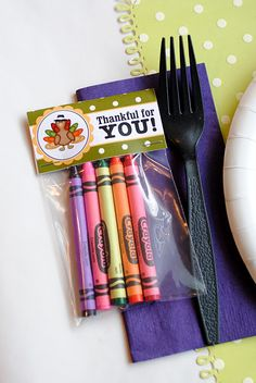 free printable bag topper. for the kids table at thanksgiving, along with a coloring book or page.