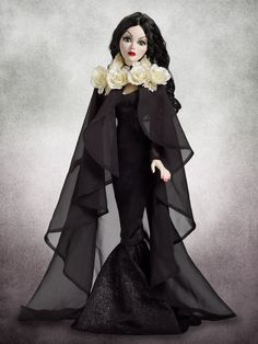 Love and Darkness Cape | Wilde Imagination 2014. It's very pretty but so high priced. I feel like I could make this.