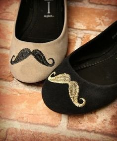 moustache flats- kind of look more like slippers :/ Moustaches, Crazy Shoes, Me Too Shoes, Moda Vintage, Oui Oui, Favim, Tory Burch Flats, Fashion Flats, Swagg