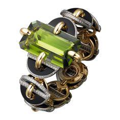 Cartier Étourdissant yellow gold, platinum, peridot, onyx and diamond bracelet