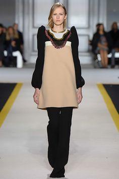 Giambattista Valli Fall 2015 Ready-to-Wear - Collection - Gallery - Style.com