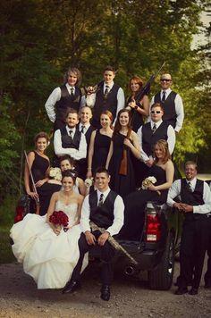 Shotgun bridal party on Dodge truck - Wedding picture, Shotgun bride and groom