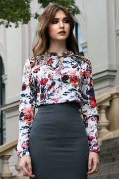 Flower Blouse Floral Top Women Elegant Top Romantic Top Plus Size Clothing Fall Winter Top Oversized Top Bohemian Clothing Bluse Outfit, Böhmisches Outfit, Black Girl Fashion, Work Fashion, Fashion Outfits, Casual Outfits, Floral Blouse Outfit, Green Blouse, Simple Work Outfits