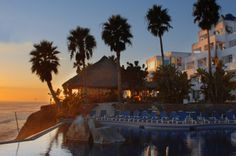2 Nights For Two People In An Oceanfront Room At Las Rocas Resort And Spa With