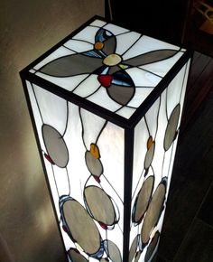 Tiffany lamp STONEFALLS great contemporary concrete base