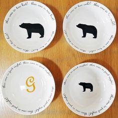Goldilocks and the three bear porridge bowls set