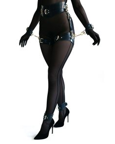 Kit de BDSM Premium lingerie en cuir bdsm-gear Bdsm Bdsm de image 4 Lingerie Cuir, Collars Submissive, Submissive Wife, Leather Handcuffs, Collar And Leash, Fashion Outfits, Womens Fashion, Grunge Outfits, Fashion Styles
